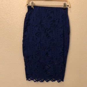 Springtime lace pencil skirt
